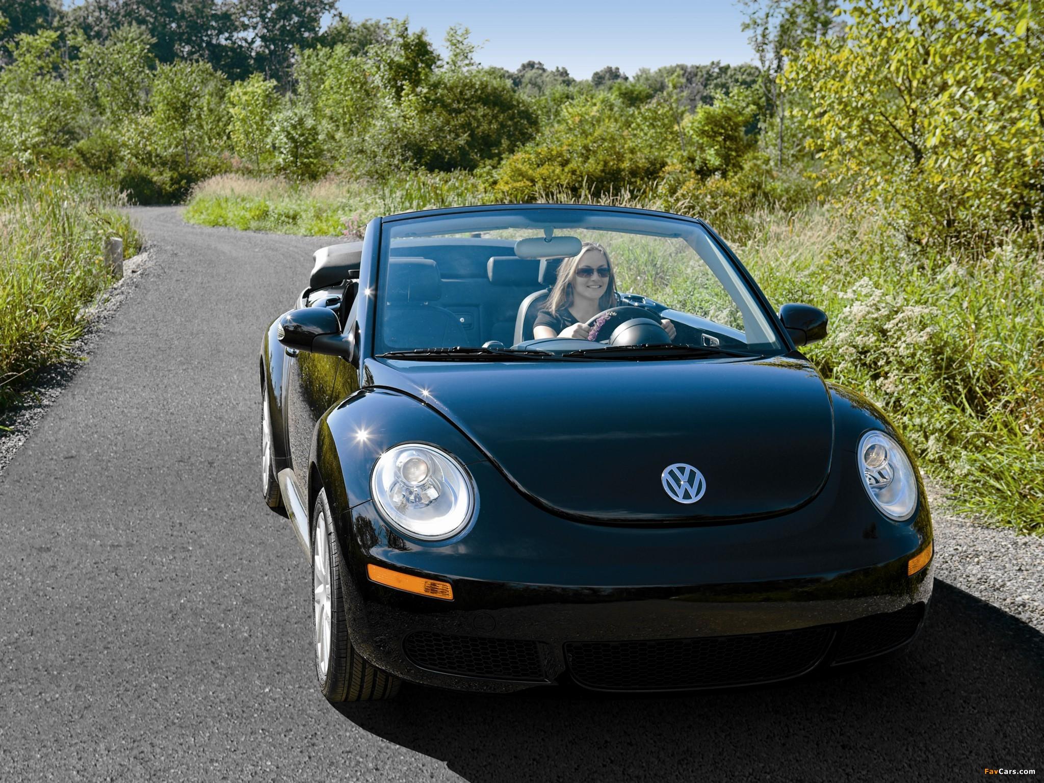 Photos of Volkswagen New Beetle Convertible 2006–10 (2048 x 1536)