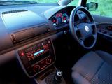 Volkswagen New Beetle UK-spec 1998–2005 photos