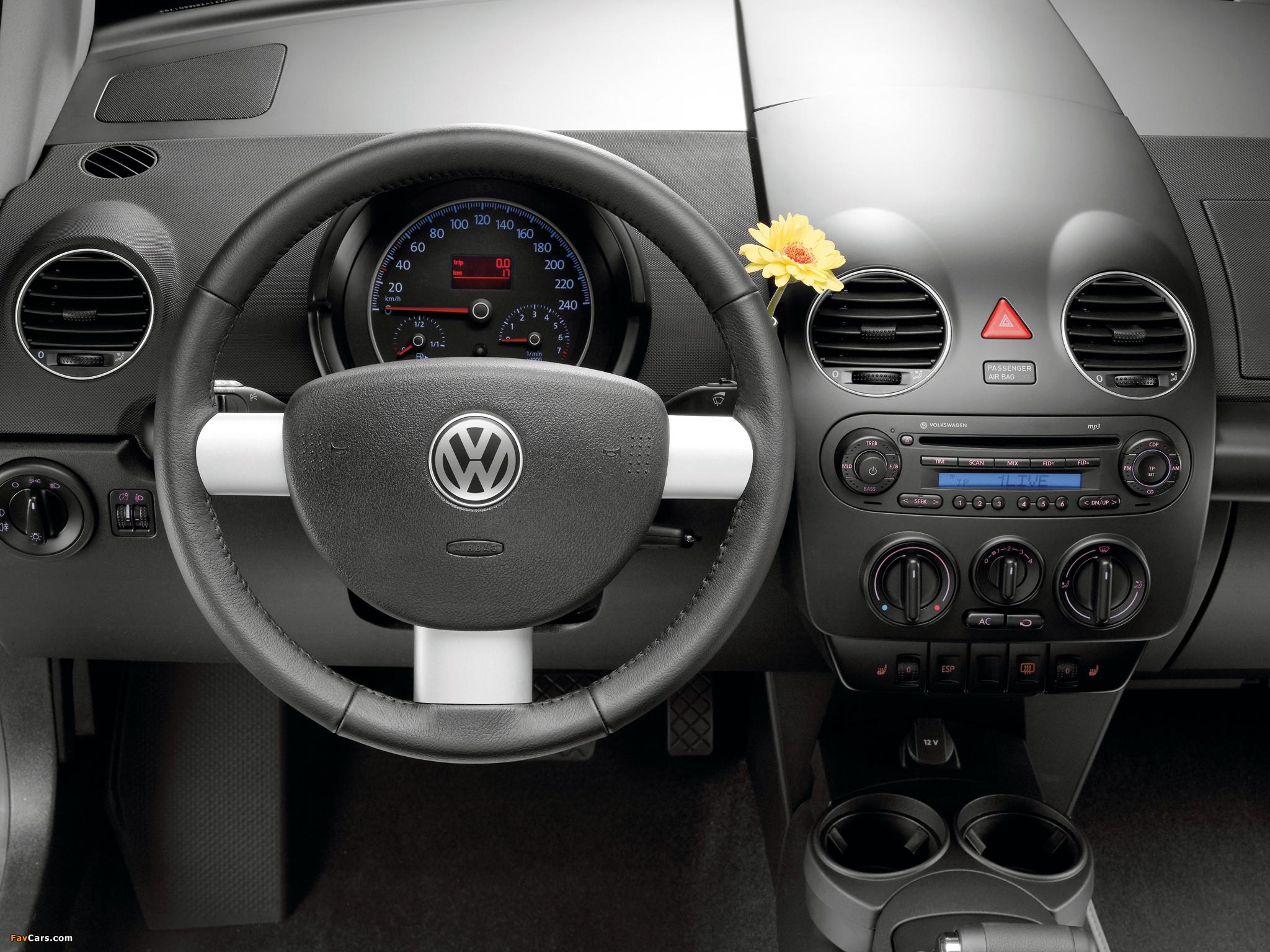 Volkswagen New Beetle United 2007 pictures (2048 x 1536)