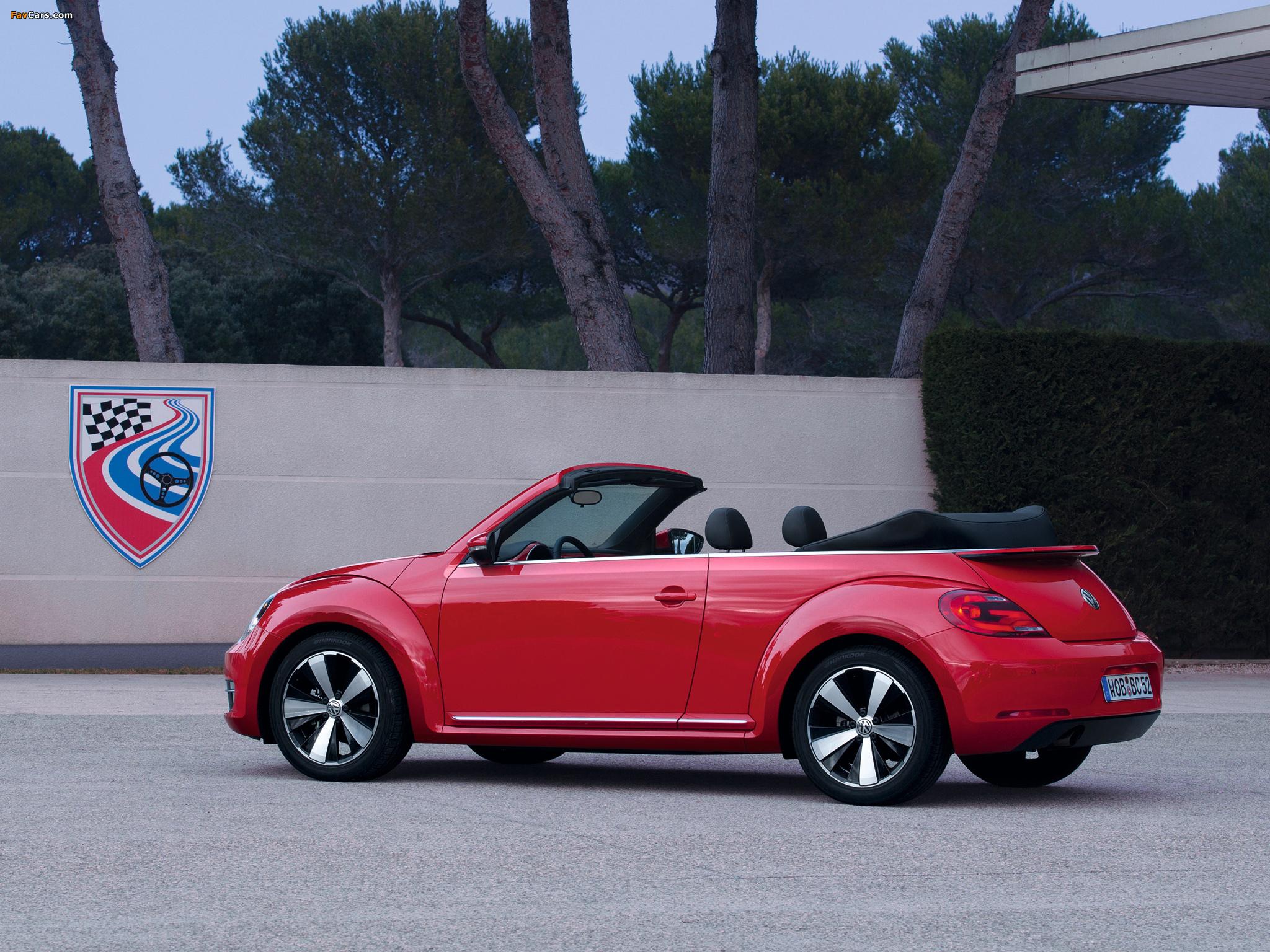 Volkswagen Beetle Cabrio 2012 pictures (2048 x 1536)