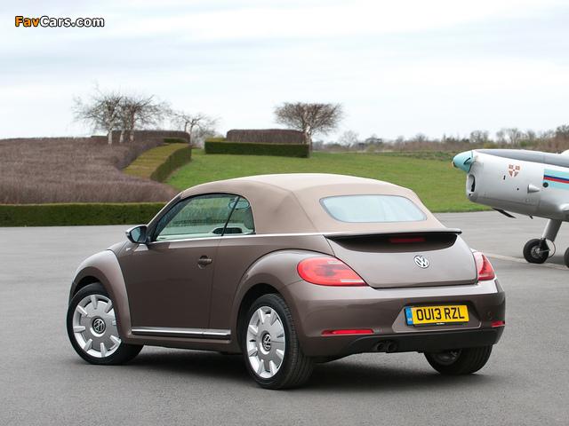 Volkswagen Beetle Cabrio 70s Edition UK-spec 2013 photos (640 x 480)
