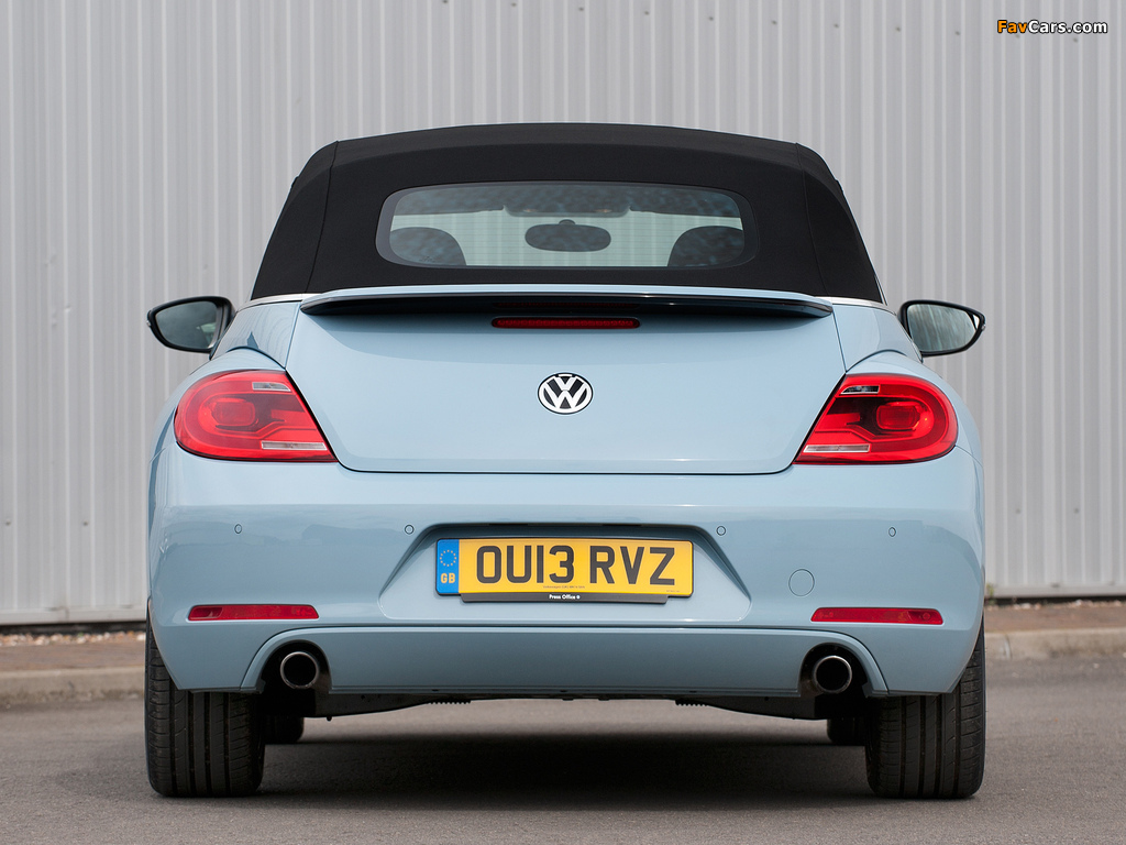 Volkswagen Beetle Cabrio UK-spec 2013 wallpapers (1024 x 768)