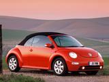 Volkswagen New Beetle Cabrio UK-spec 2000–05 wallpapers