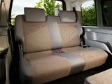 Images of Volkswagen Caddy Maxi Life UK-spec (Type 2K) 2010