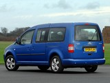 Photos of Volkswagen Caddy Maxi Life UK-spec (Type 2K) 2007–10
