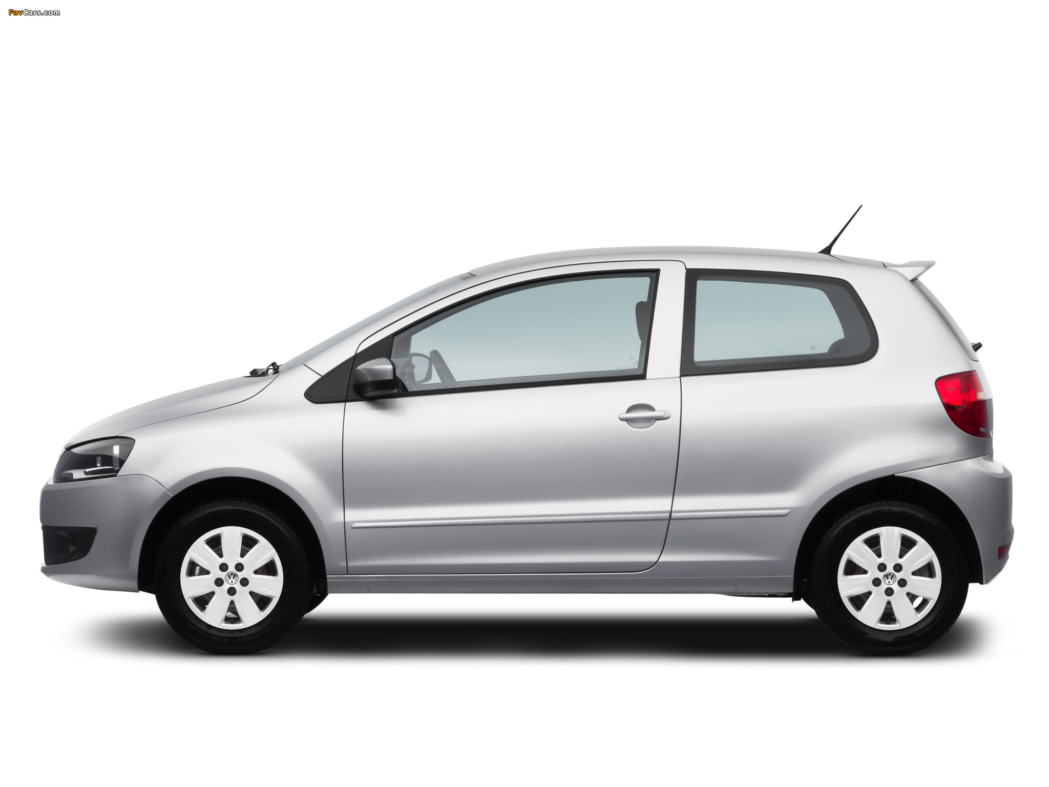 Images of Volkswagen Fox BlueMotion 3-door 2012 (2048 x 1536)