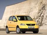 Volkswagen Fox UK-spec 2005–09 photos