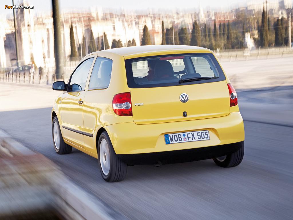 Volkswagen Fox 2005–09 wallpapers (1024 x 768)