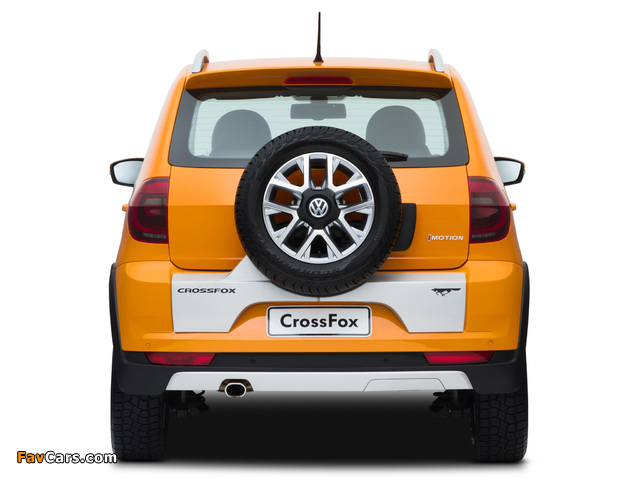 Volkswagen CrossFox 2012 wallpapers (640 x 480)
