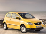 Volkswagen Fox UK-spec 2005–09 wallpapers