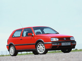 Photos of Volkswagen Golf GTI UK-spec (Type 1H) 1992–97