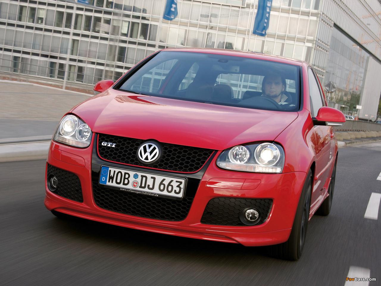 Photos of Volkswagen Golf GTI Edition 30 (Typ 1K) 2007 (1280 x 960)
