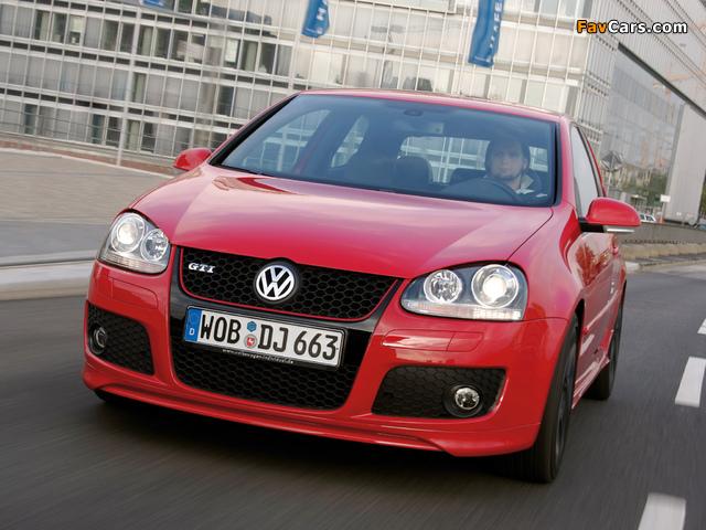 Photos of Volkswagen Golf GTI Edition 30 (Typ 1K) 2007 (640 x 480)