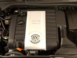 Volkswagen Golf GTI 5-door ZA-spec (Typ 1K) 2004–08 photos