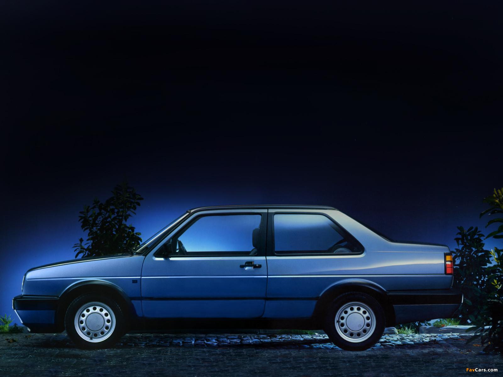 Images of Volkswagen Jetta 2-door (II) 1989–92