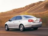 Pictures of Volkswagen Jetta US-spec (V) 2006–10