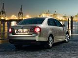 Pictures of Volkswagen Jetta Freestyle (Typ 1K) 2010