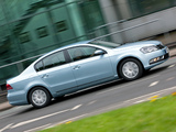 Images of Volkswagen Passat BlueMotion UK-spec (B7) 2010