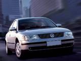 Pictures of Volkswagen Passat Sedan (B5) 1997–2000