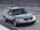 Pictures of Volkswagen Passat Variant (B5+) 2000–05
