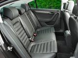Volkswagen Passat BlueMotion Sport UK-spec (B7) 2010 photos