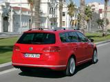 Volkswagen Passat TDI BlueMotion Variant (B7) 2010–13 pictures