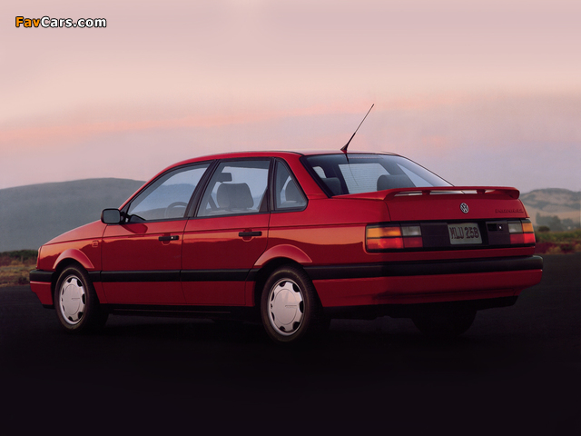 Volkswagen Passat Sedan US-spec (B3) 1988–93 wallpapers (640 x 480)