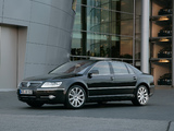 Pictures of Volkswagen Phaeton V8 2007–10