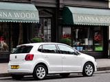 Images of Volkswagen Polo 5-door UK-spec (Typ 6R) 2009
