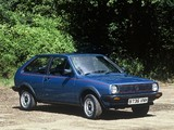 Photos of Volkswagen Polo Coupe UK-spec (Typ 86C) 1981–90