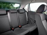 Photos of Volkswagen Polo 5-door (V) 2009