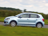 Volkswagen Polo BlueMotion 5-door UK-spec (Typ 6R) 2010 photos