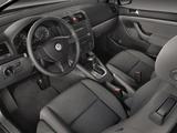 Photos of Volkswagen Rabbit 5-door 2006–09