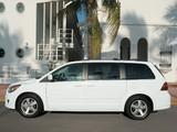 Images of Volkswagen Routan North America 2008–2013