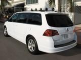 Photos of Volkswagen Routan North America 2008–2013