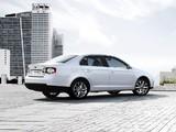 Volkswagen Sagitar 2006–12 photos