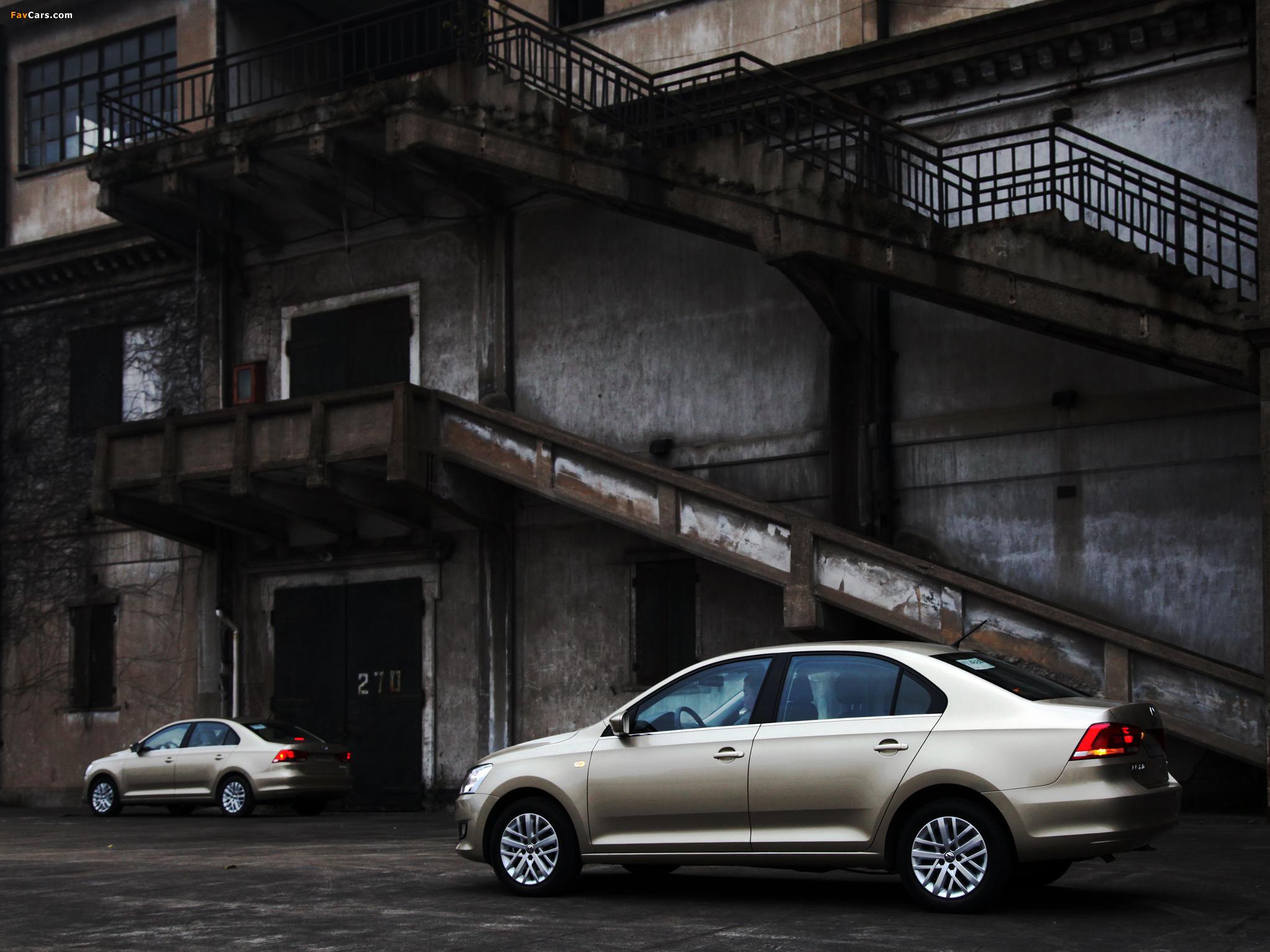 Images of Volkswagen Santana 2012 (2048 x 1536)