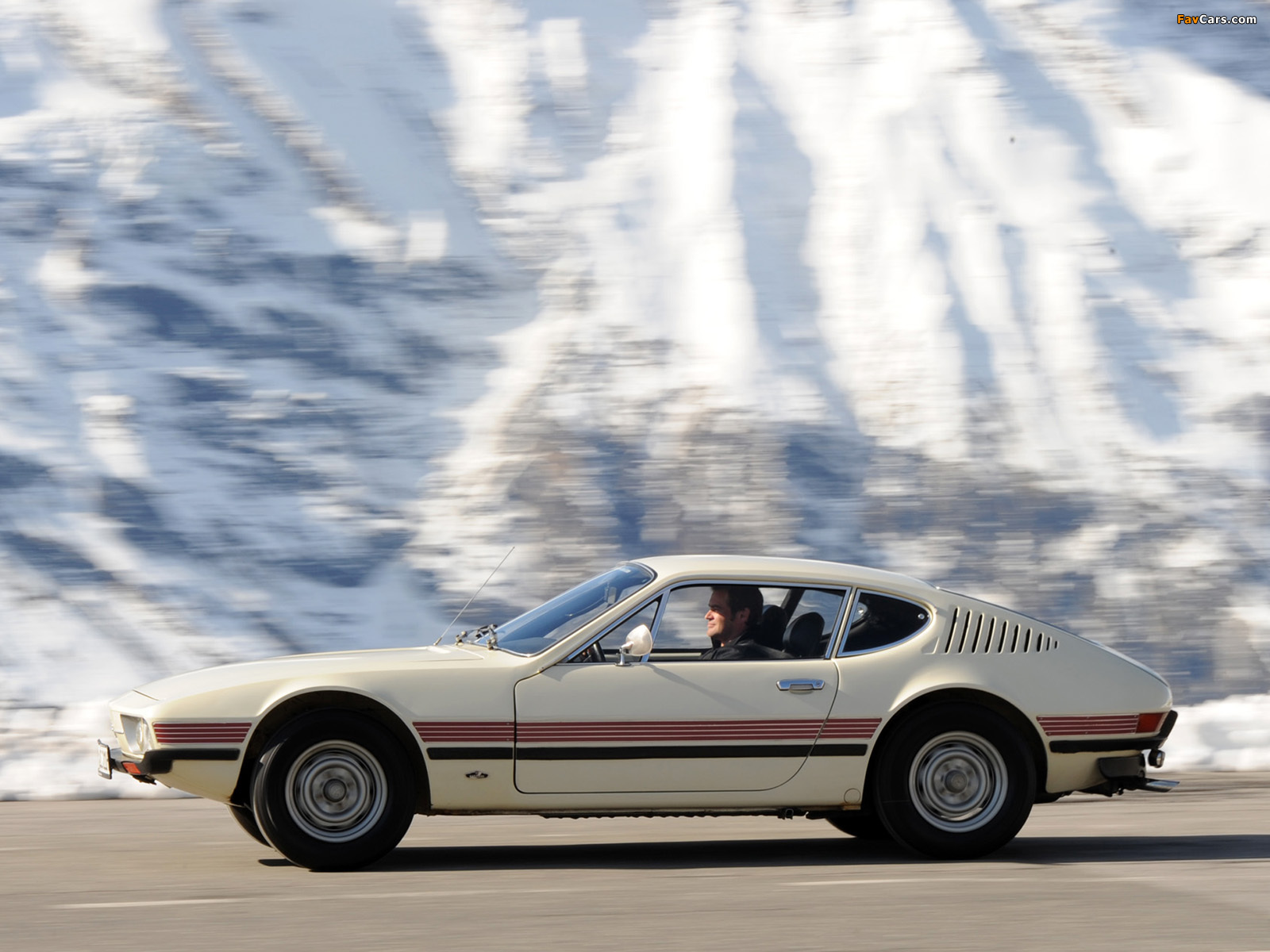 Car Volkswagen SP2 1 generation coupe 1.7 MT: specifications ...