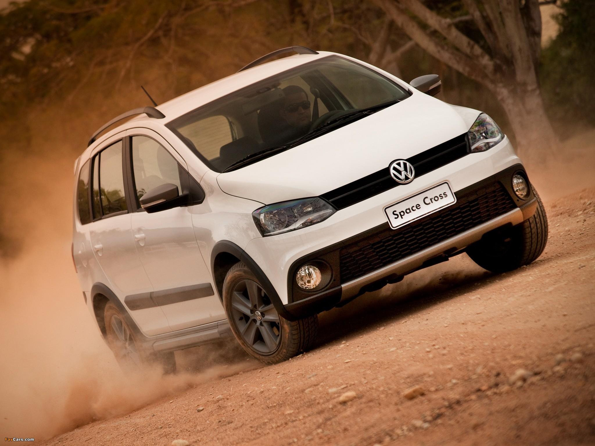 Images of Volkswagen SpaceCross 2011 (2048 x 1536)