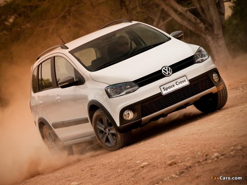 Images of Volkswagen SpaceCross 2011 (800 x 600)
