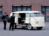 Volkswagen T1 Krankenwagen 1950–67 images