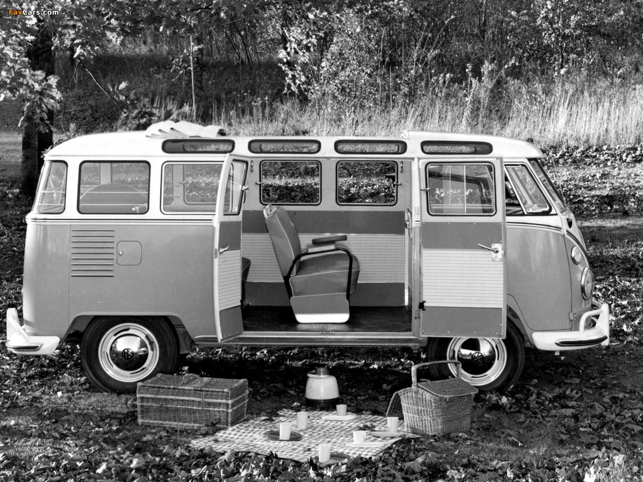 Volkswagen T1 Deluxe Samba Bus 1951–63 images (1280 x 960)