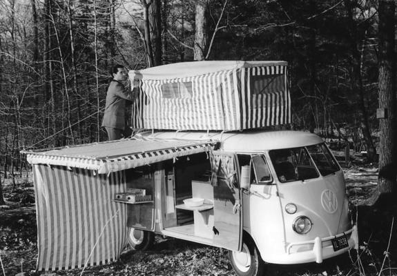 https://img.favcars.com/volkswagen/t1/wallpapers_volkswagen_t1_1950_4_b.jpg