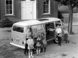 Volkswagen T2 Bus 1967–72 images
