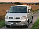 Volkswagen T5 Caravelle UK-spec 2003–09 images