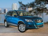 Images of Volkswagen Tiguan US-spec 2008–11