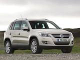 Photos of Volkswagen Tiguan UK-spec 2008–11