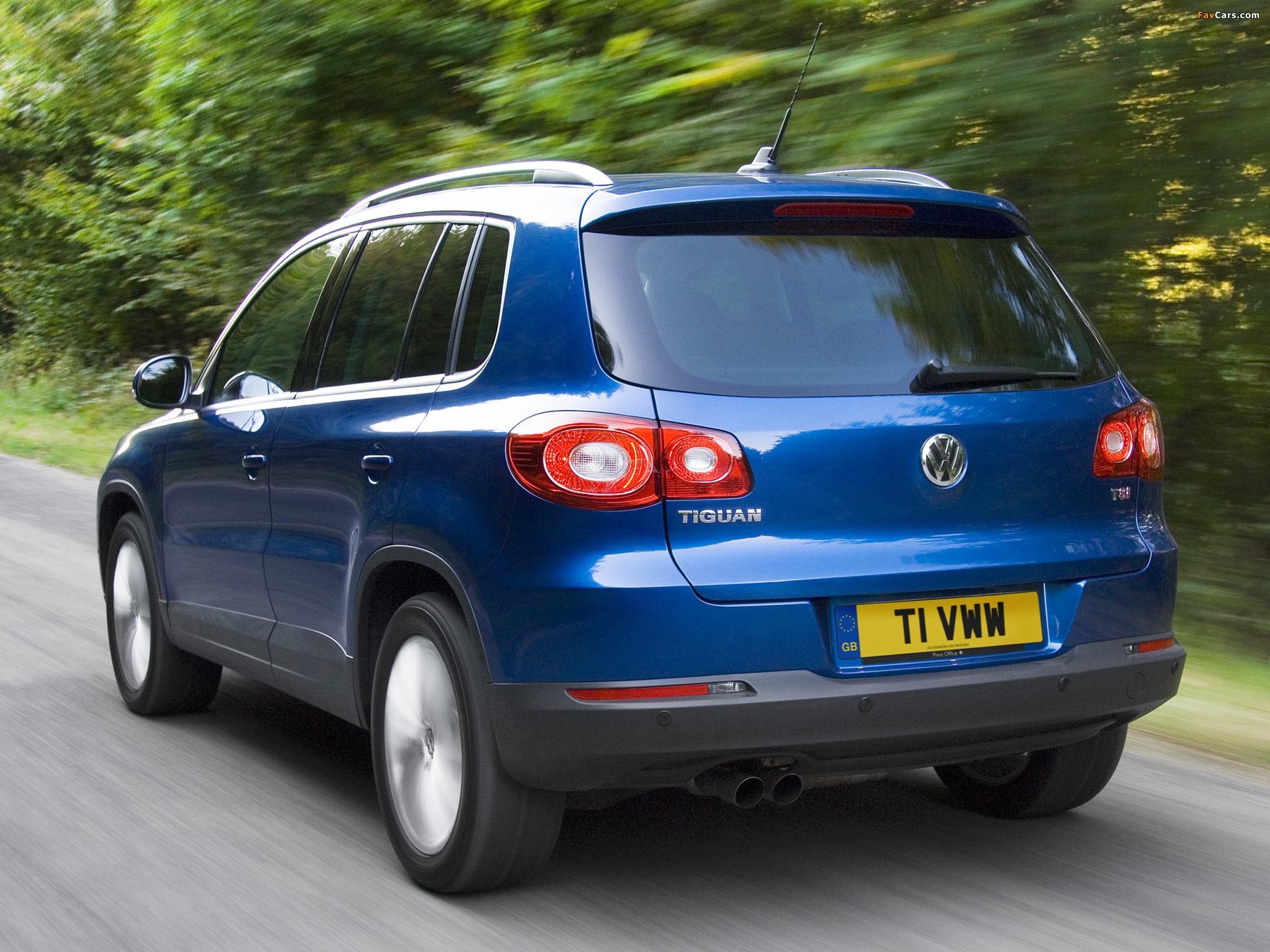 Photos of Volkswagen Tiguan UK-spec 2008–11 (2048 x 1536)