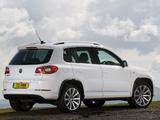 Photos of Volkswagen Tiguan R-Line UK-spec 2010–11