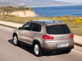 Photos of Volkswagen Tiguan Sport & Style 2011